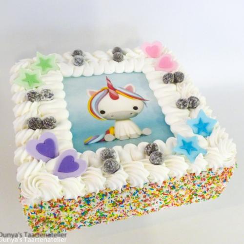Slagroomtaart met foto en feestdeco