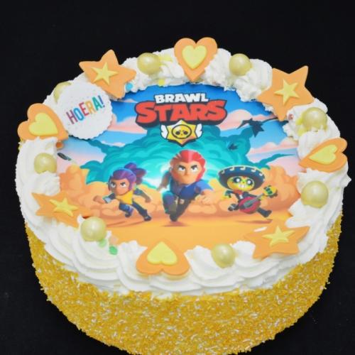 Slagroomtaart met afbeelding (Brawl Stars) in oranje tinten