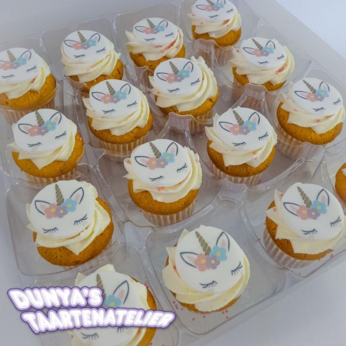 Kleine Cupcakes met afbeelding - foto - logo Kleine Cupcakes - Unicorn
