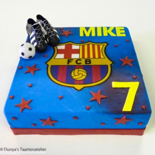 Voetbal taart met Barcelona logo