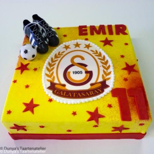 Voetbal taart met Galatasaray logo
