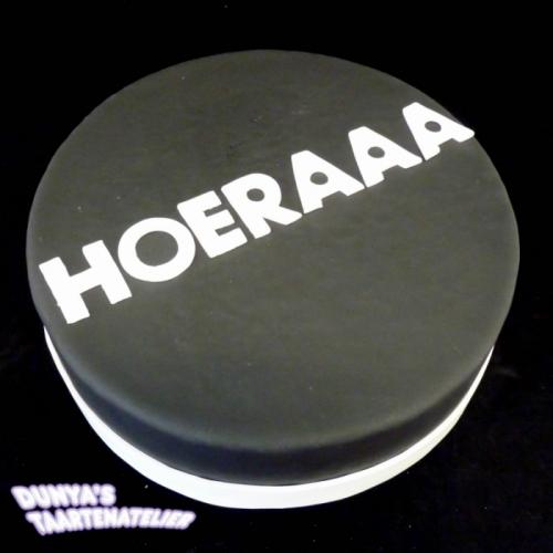 HOERAAA - wit op zwart