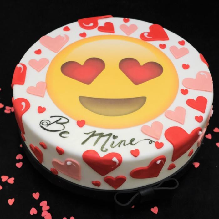 Valentine taart met afbeelding, foto of logoLove Smiley