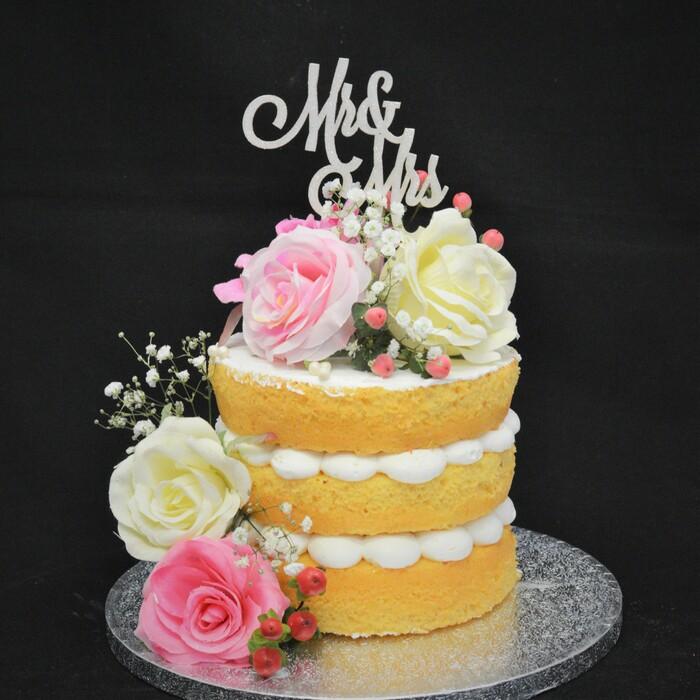 Dunya's Naked Wedding CakeDunya's Naked  Flower wedding cake (1 cake)