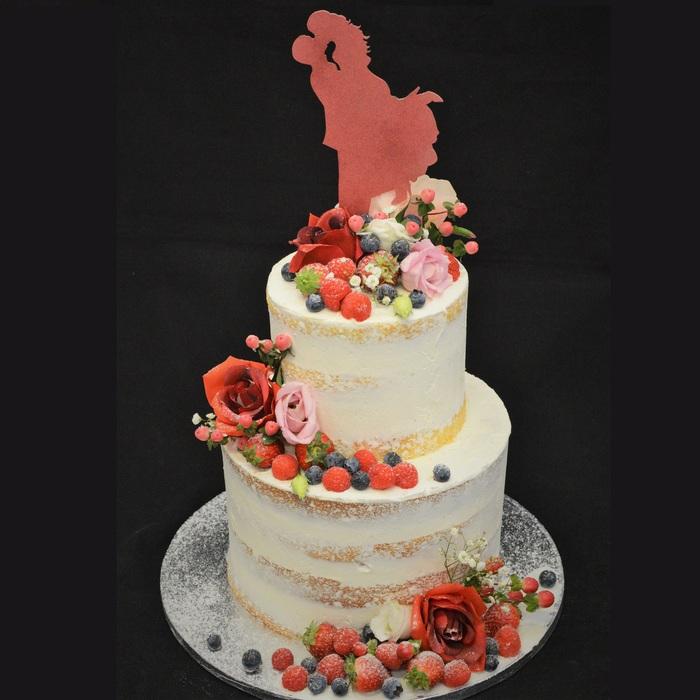 Dunya's Naked Wedding CakeDunya's Naked  Season wedding cake