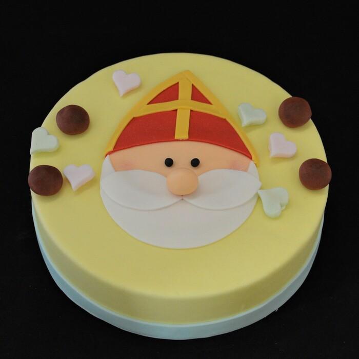 Sint taarten met suikerdecoratieSinterklaas